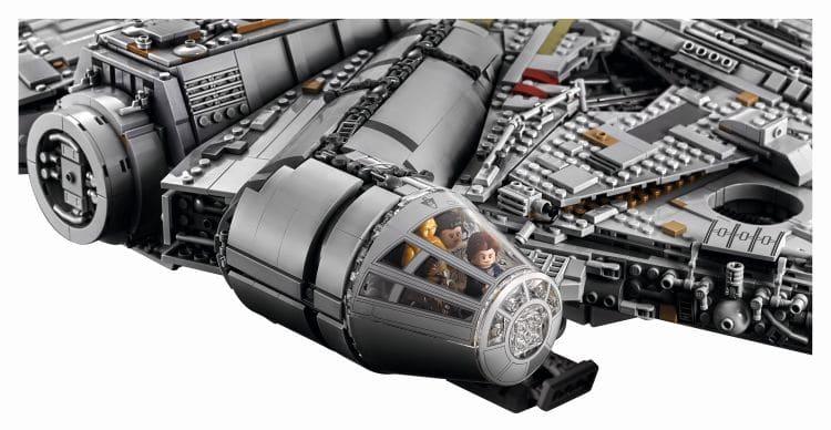 LEGO 75192 UCS Millennium Falcon Cockpit
