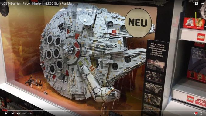 LEGO Store Frankfurt UCS Millennium Falcon Vitrine