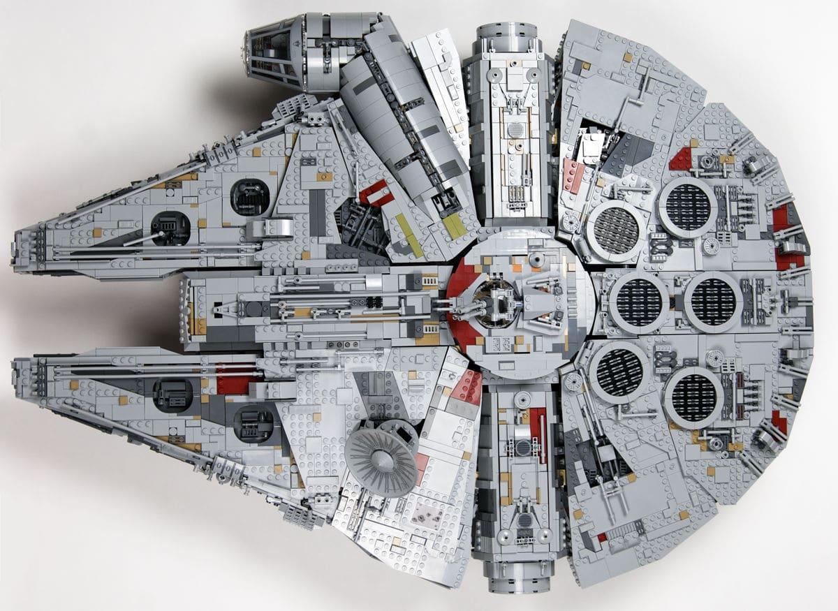 UCS Millennium Falcon von oben