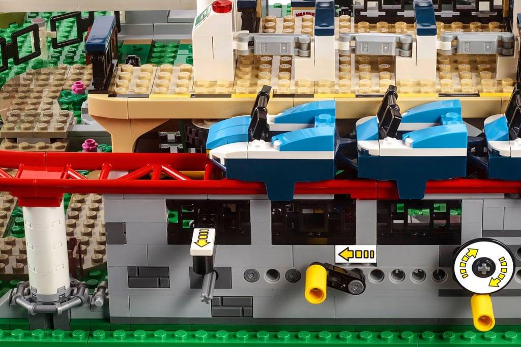 LEGO 10261 Achterbahn Bedienung