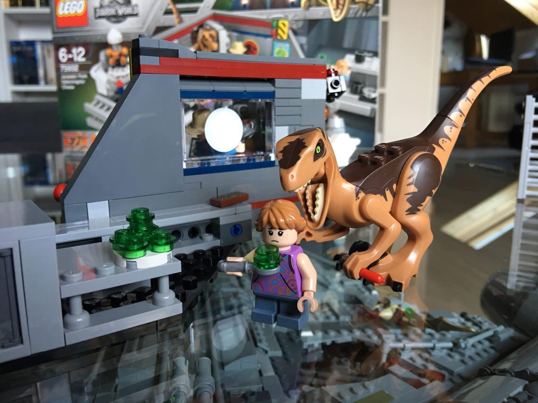 LEGO 75932 Jagd auf den Velociraptor