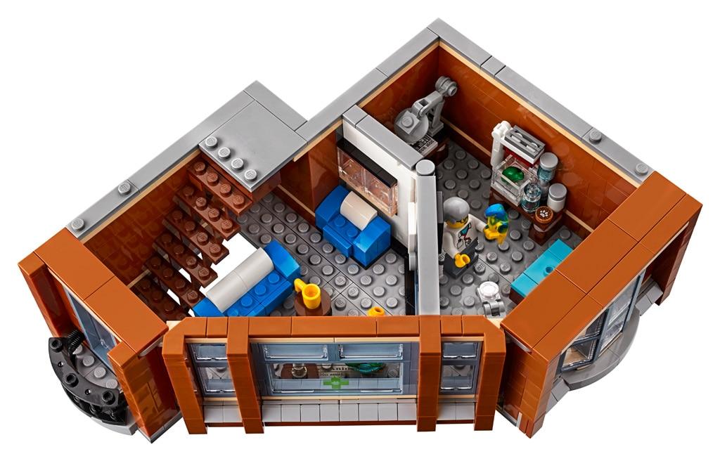 LEGO 10264 Eckgarage Modular Building Erster Stock mit Tierarzt