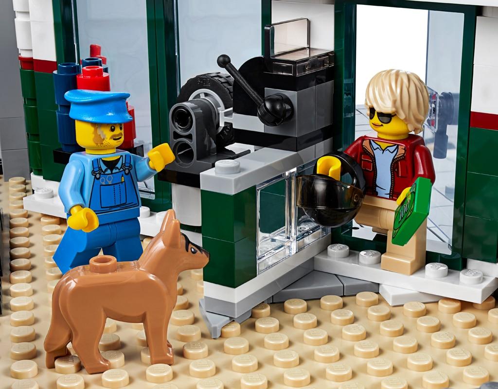 LEGO 10264 Eckgarage Modular Building Eingang