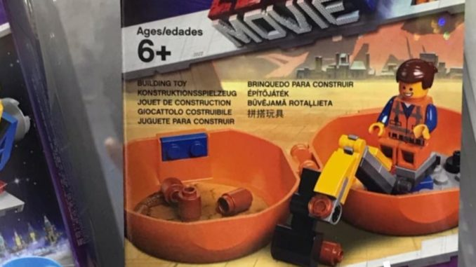 The LEGO Movie 2 Emmets Pod
