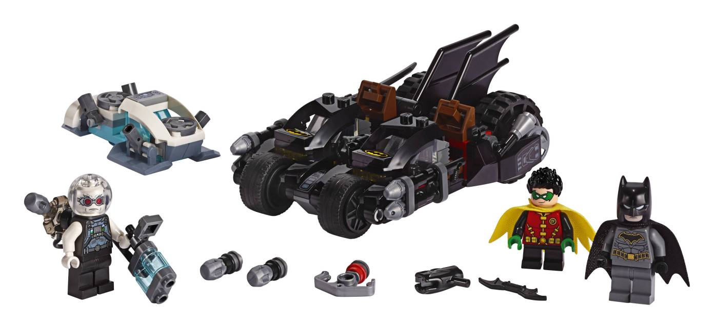 LEGO Batman 76118 Mr. Freeze Batcycle Battle