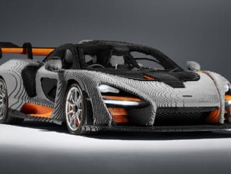 LEGO Speed Champions McLaren Senna in Originalgröße