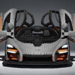 LEGO Speed Champions McLaren Senna in Originalgröße - Frontal mit geöffneten Flügeltüren
