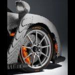 LEGO Speed Champions McLaren Senna in Originalgröße - Reifen