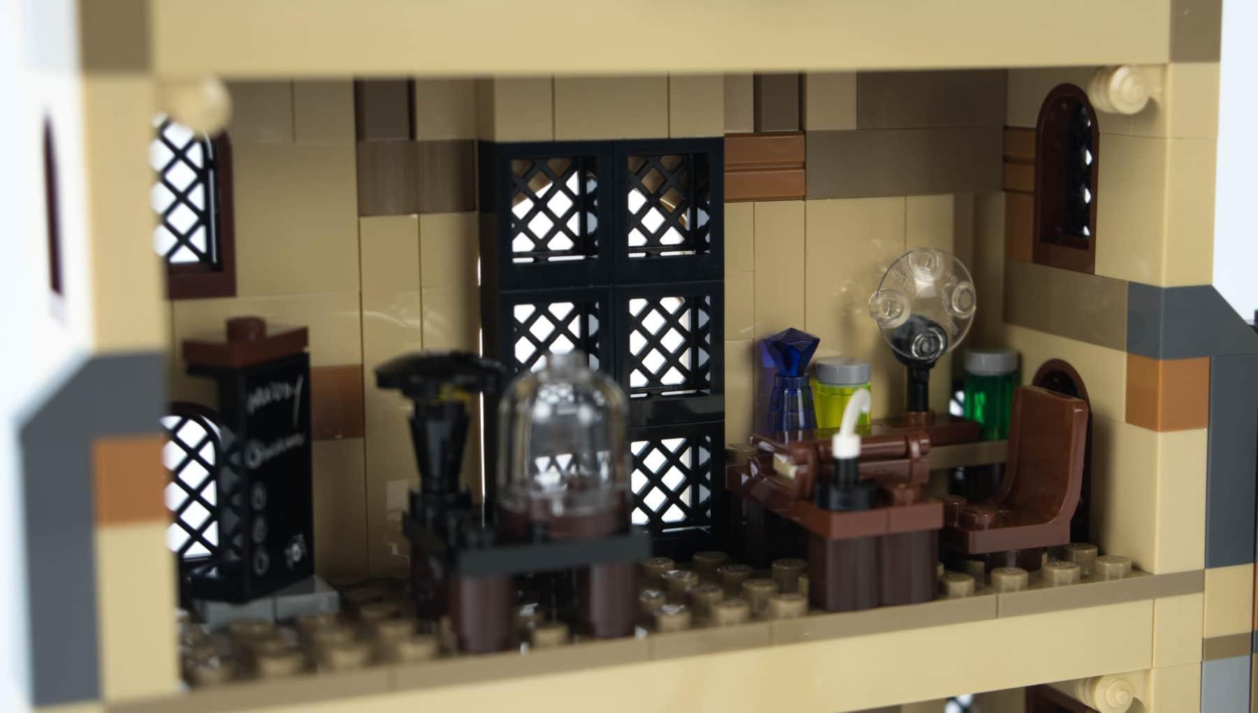 LEGO Harry Potter 75948 Verteidigung gegen die dunklen Künste
