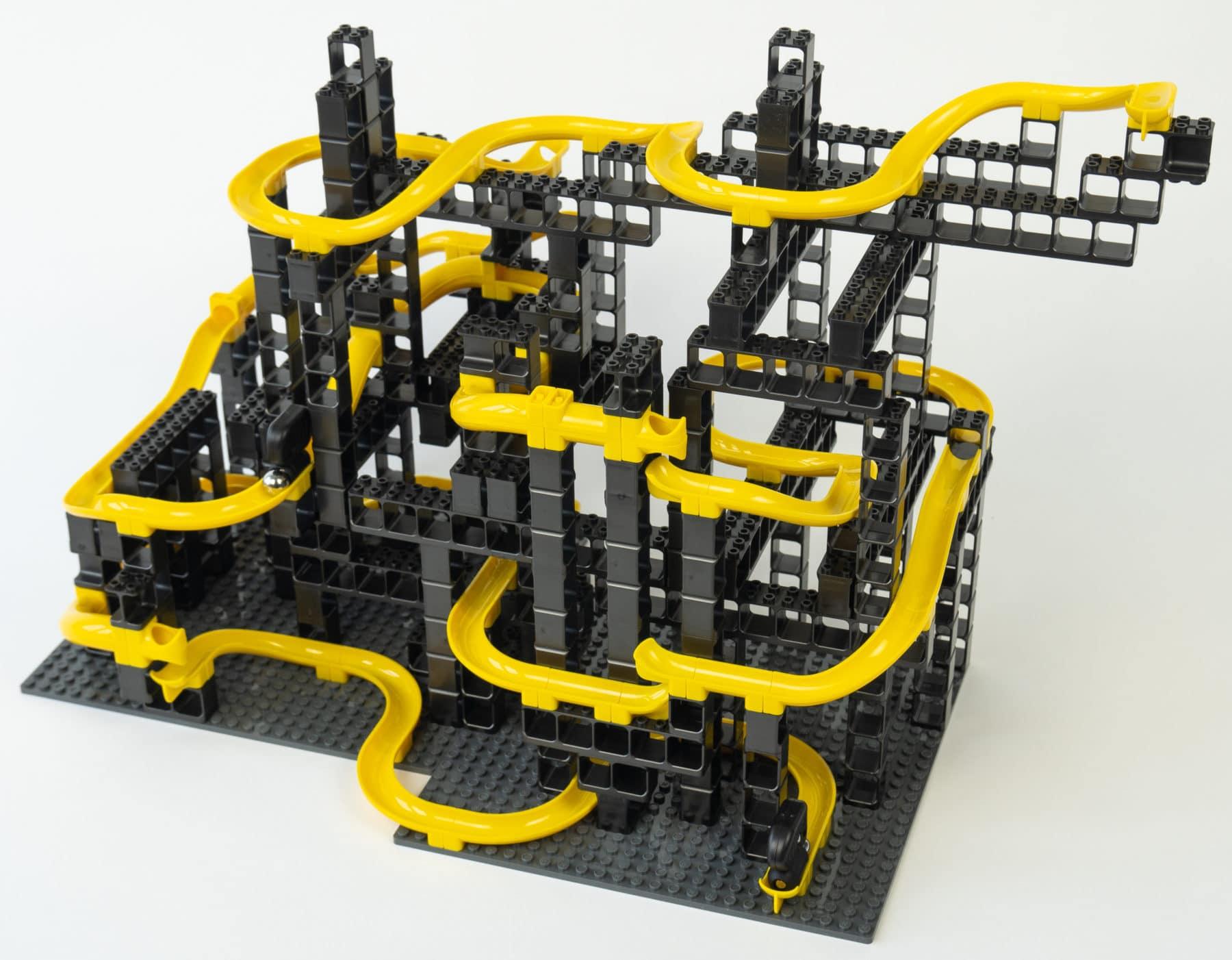 Hubelino Pi XL Kugelbahn aufgebaut