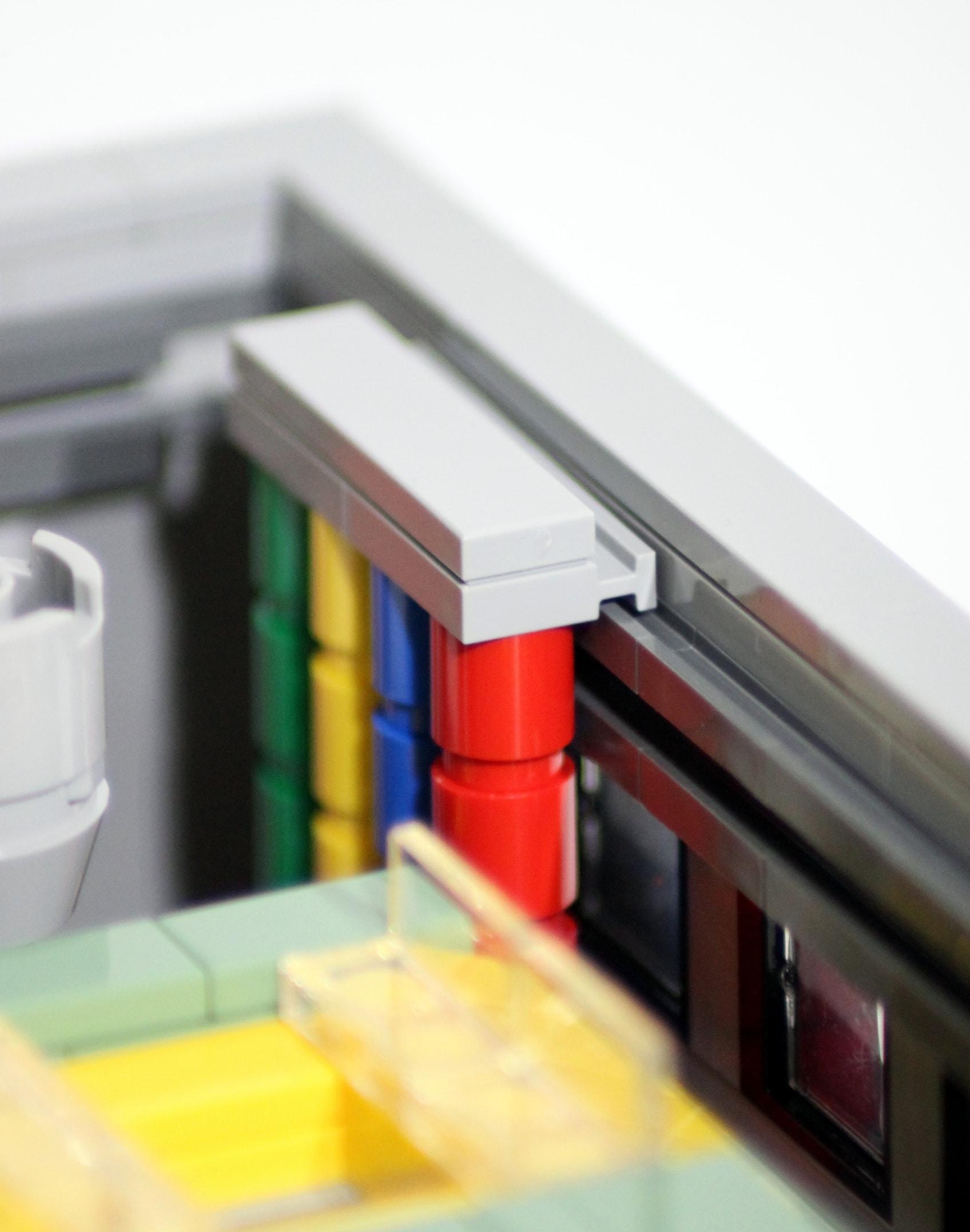 The LEGO Strory: Befestigung der Rohre mit Door Rails