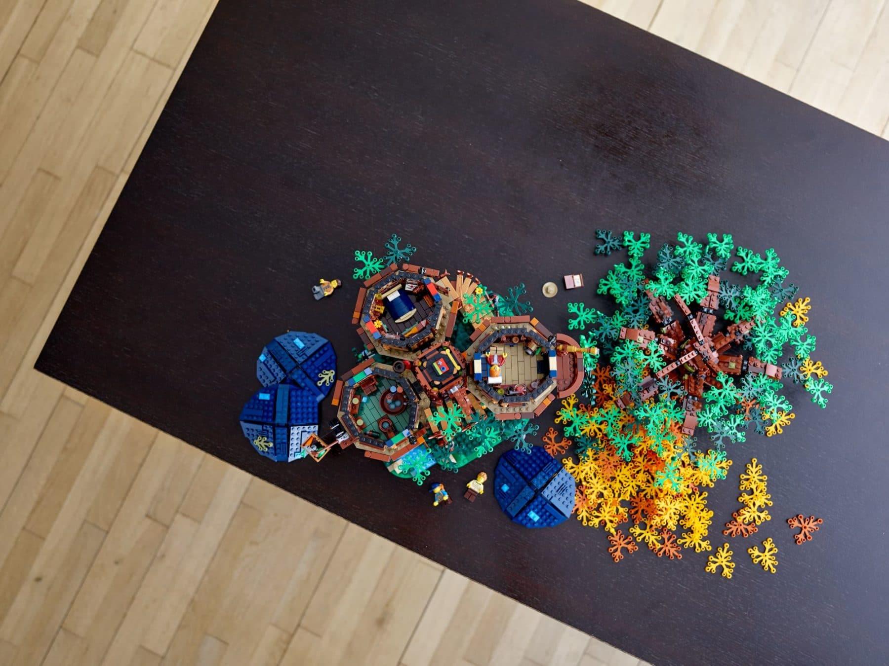 LEGO 21318 Baumhaus zerlegt
