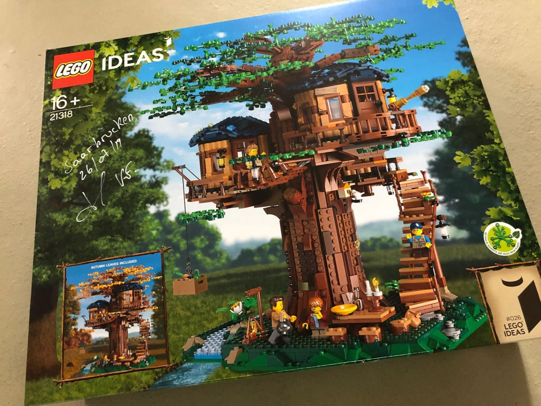 LEGO 21318 Baumhaus signiert