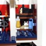 Science Tower: Schrödingers Katze (hinter der Glocke)