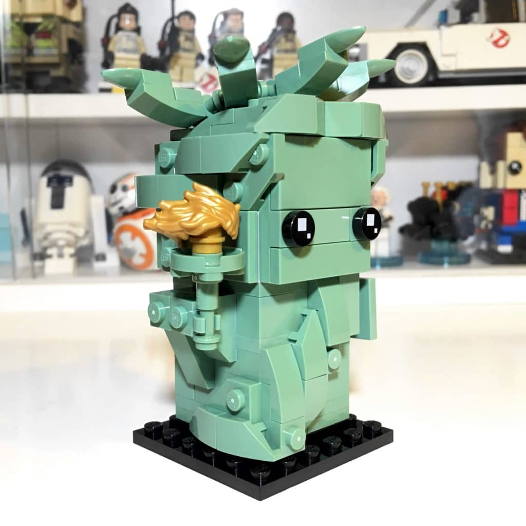 LEGO BrickHeadz 40367 Lady Liberty Right Side