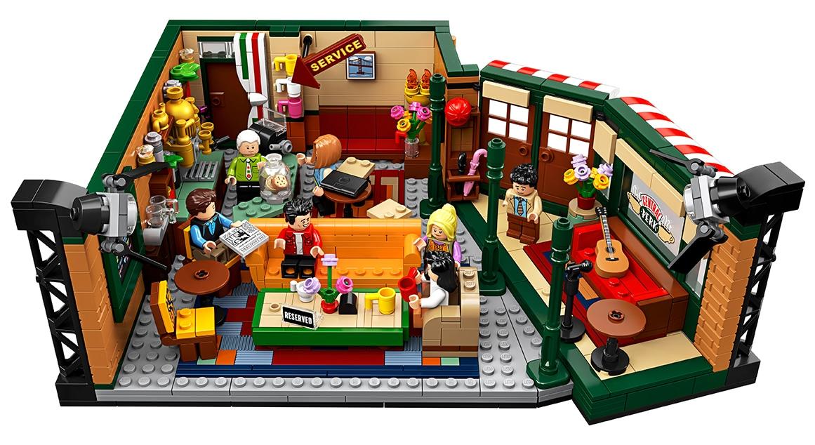 LEGO 21319 Entwurf vs. Set Vergleich