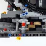 LEGO Technic 42100 Liebherr R 9800: Untersetzung des Antriebs einer Kette