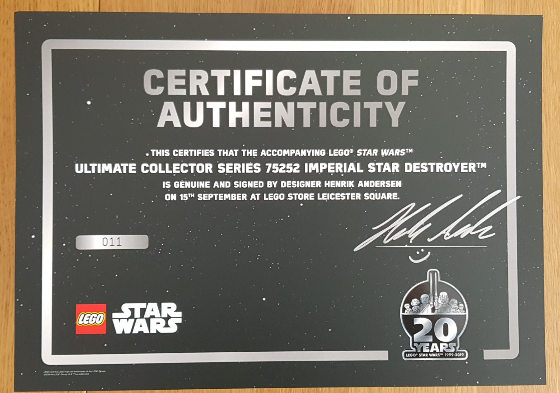 LEGO 75252 Certificate of Authenticity