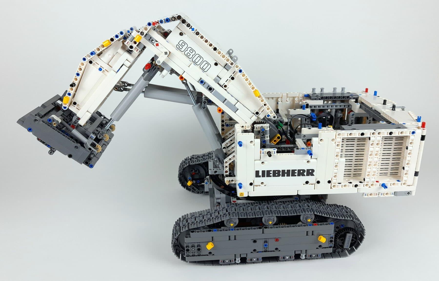 LEGO Technic 42100 Liebherr R 9800: Bauabschnitt 3 fertig