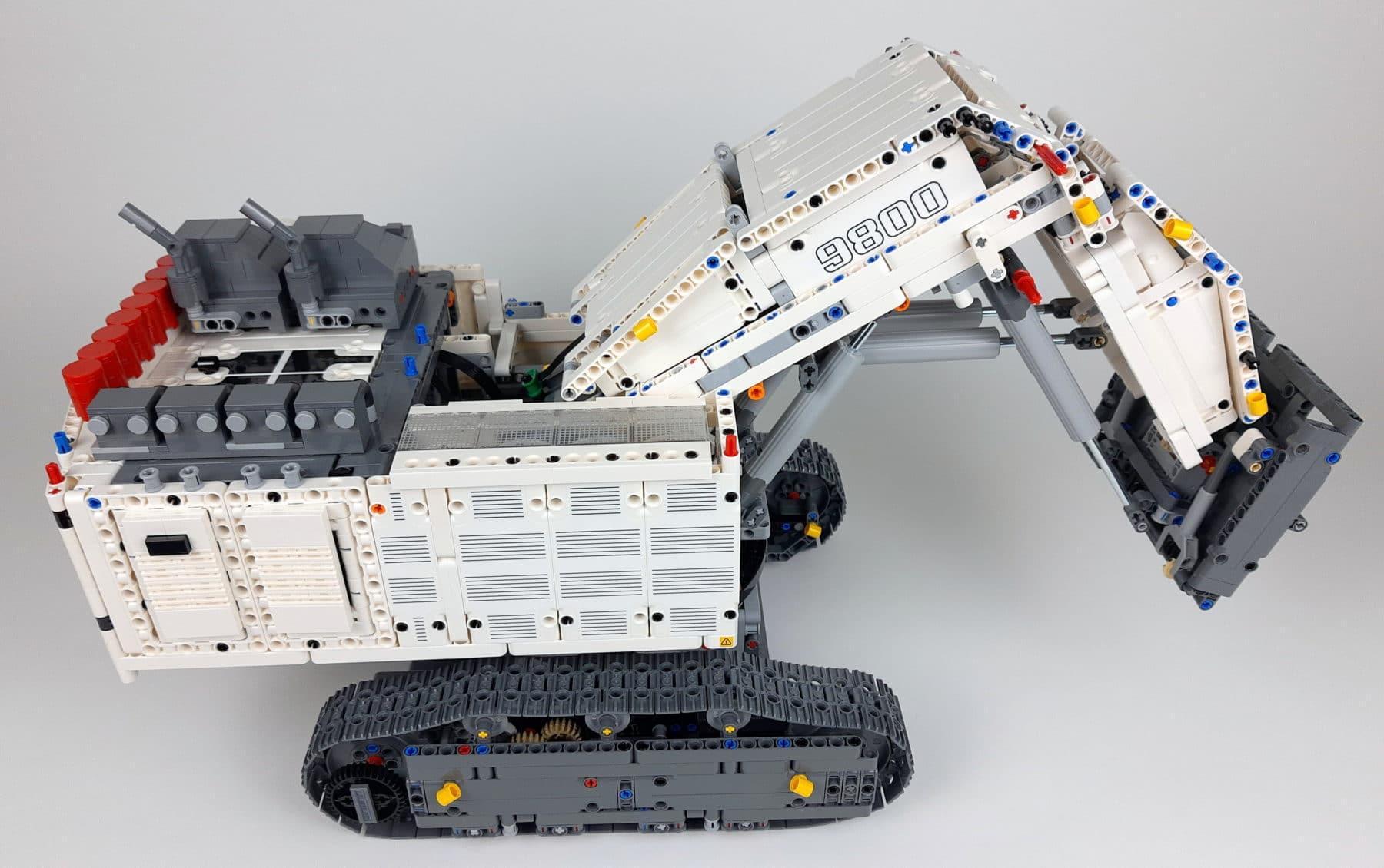 LEGO Technic 42100 Liebherr R 9800: Bauabschnitt 4 fertig
