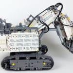 LEGO Technic 42100 Liebherr R 9800: Ansicht von rechts