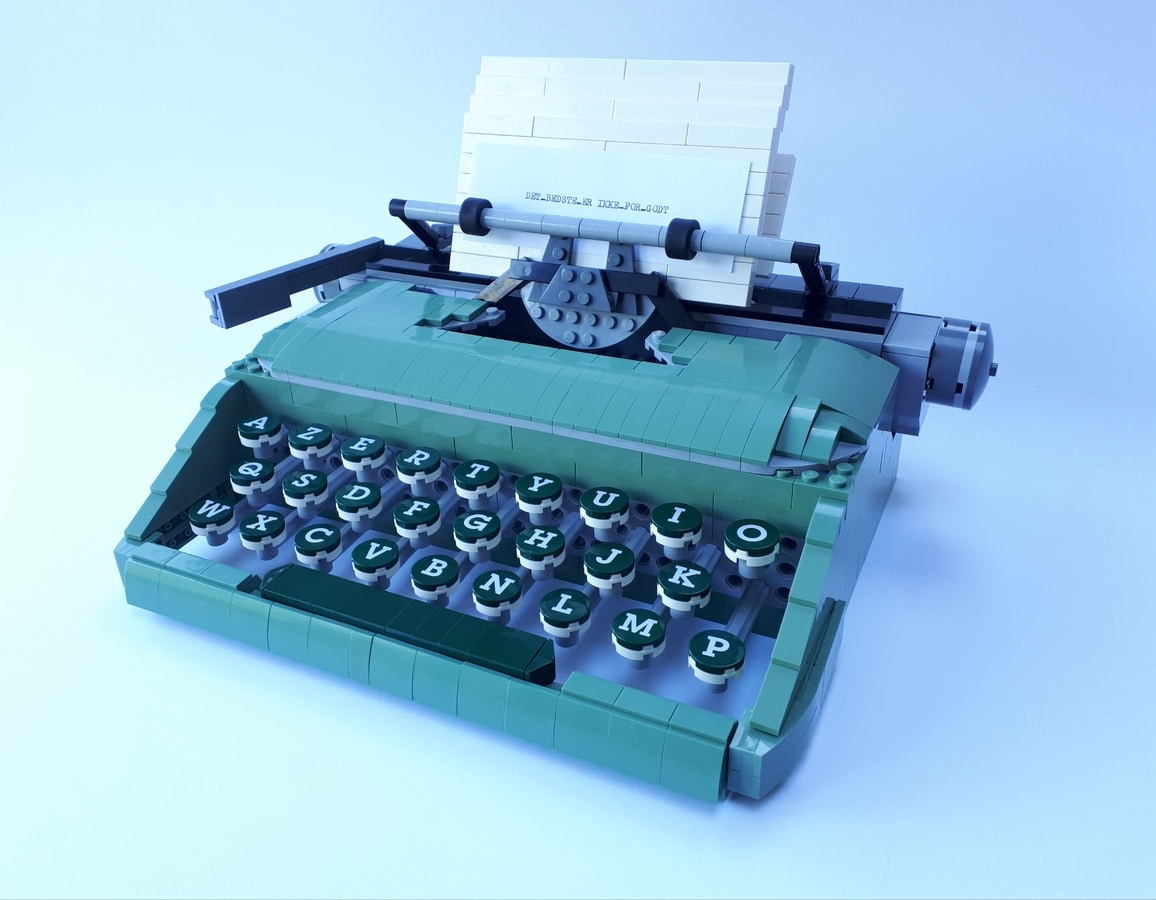 LEGO Erica 10
