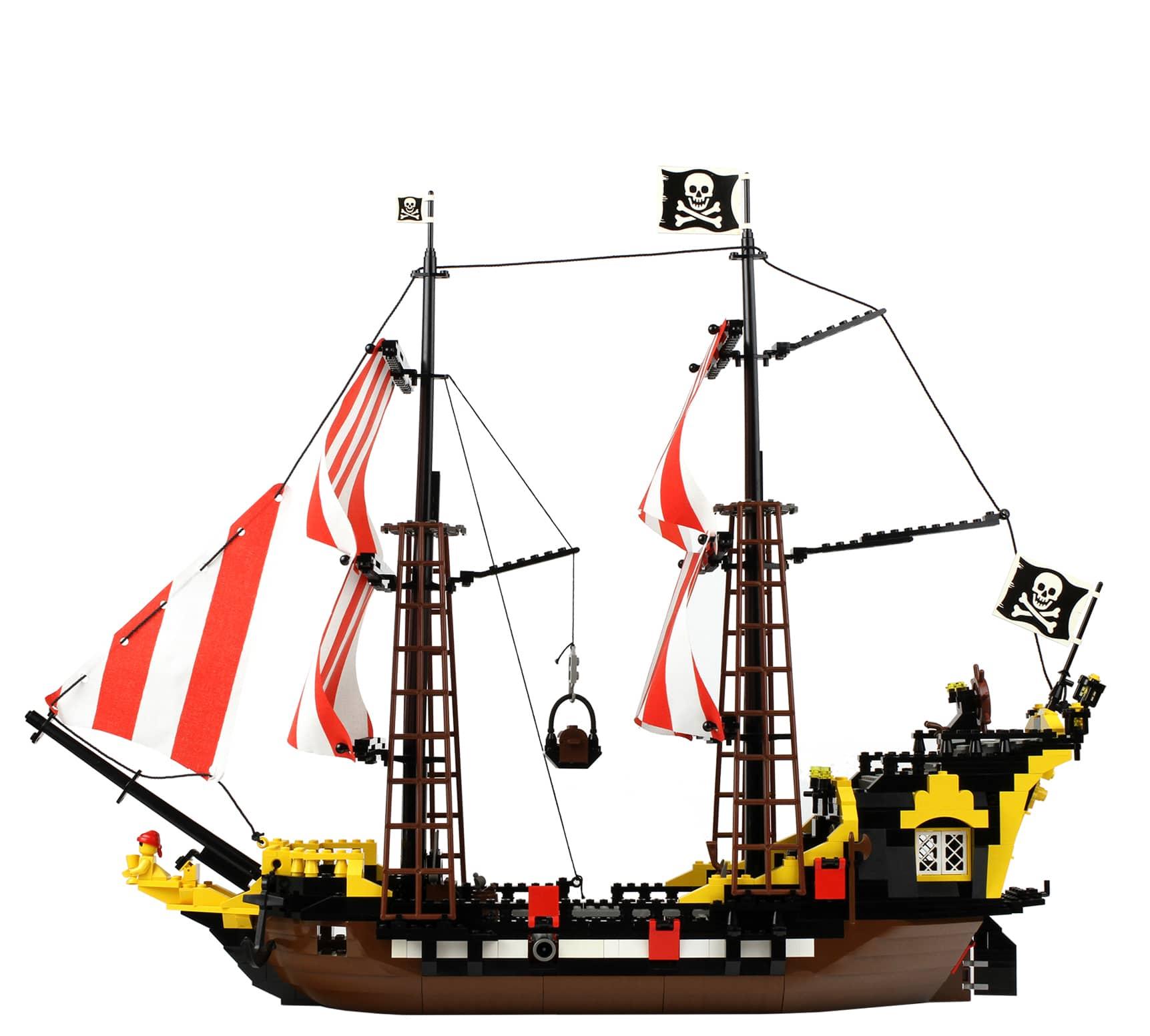LEGO Black Seas Barracuda (1989)