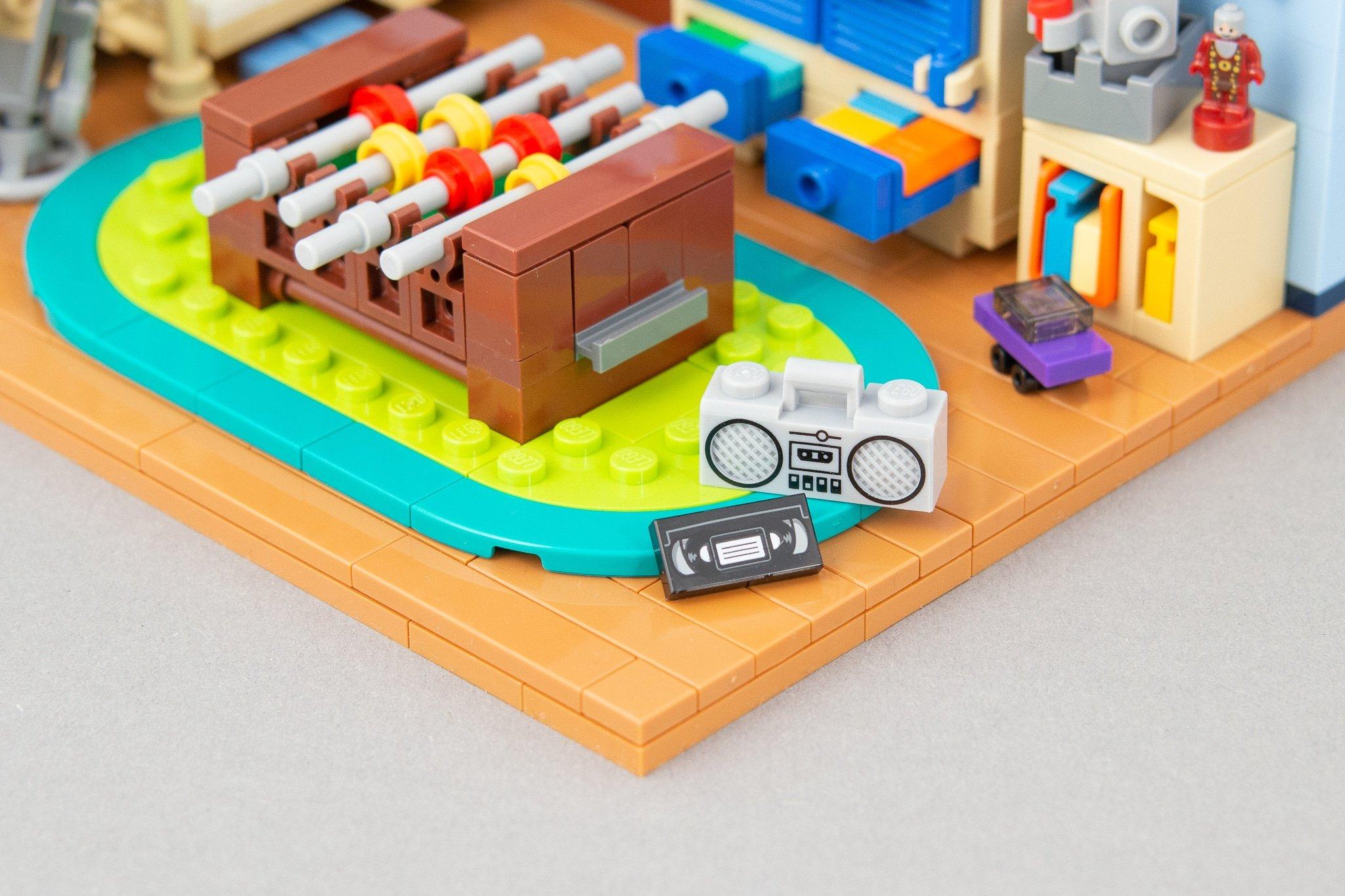 LEGO MOC Kinderzimmer Radio
