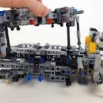 LEGO Technic 42043 Mercedes-Benz Arocs 3245 Bauabschnitt 3 - Detail Hinterachsaufhängung