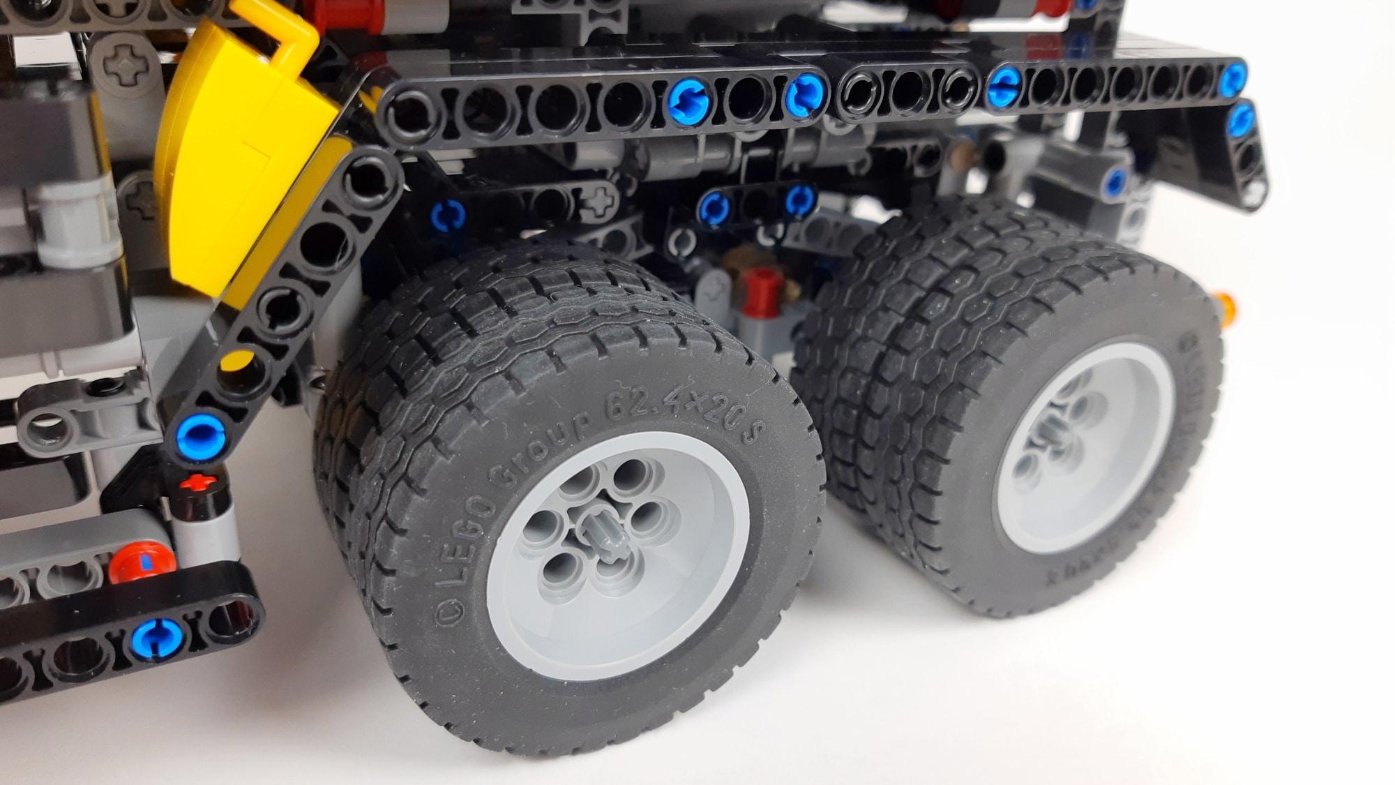 LEGO Technic 42043 Mercedes-Benz Arocs 3245 Zwillingsreifen