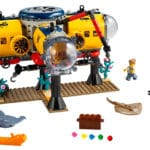 LEGO City 60265 Ocean Exploration Base 11