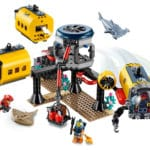 LEGO City 60265 Ocean Exploration Base 9