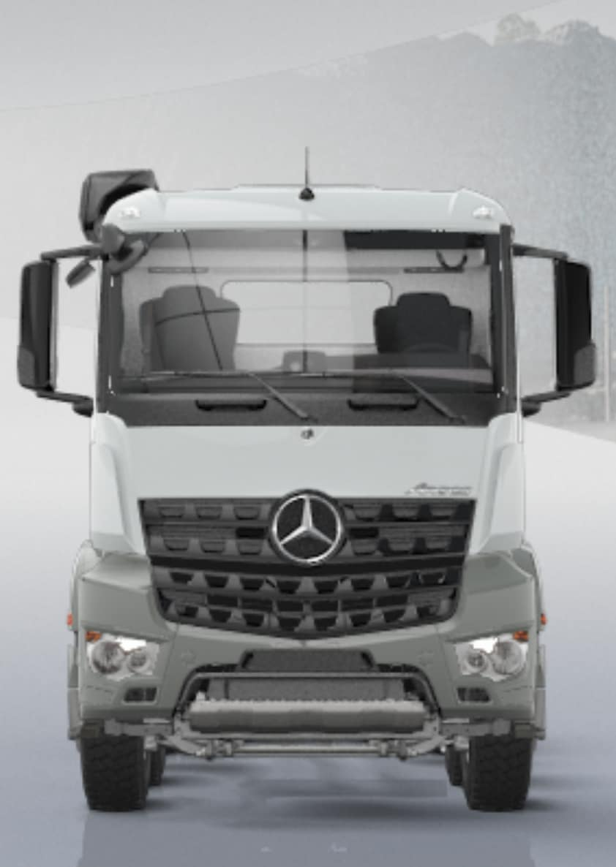 LEGO Technic 42043 Mercedes Benz Arocs Front 2