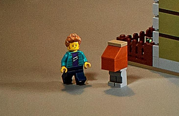 LEGO 10273 Easter Egg Junkbot