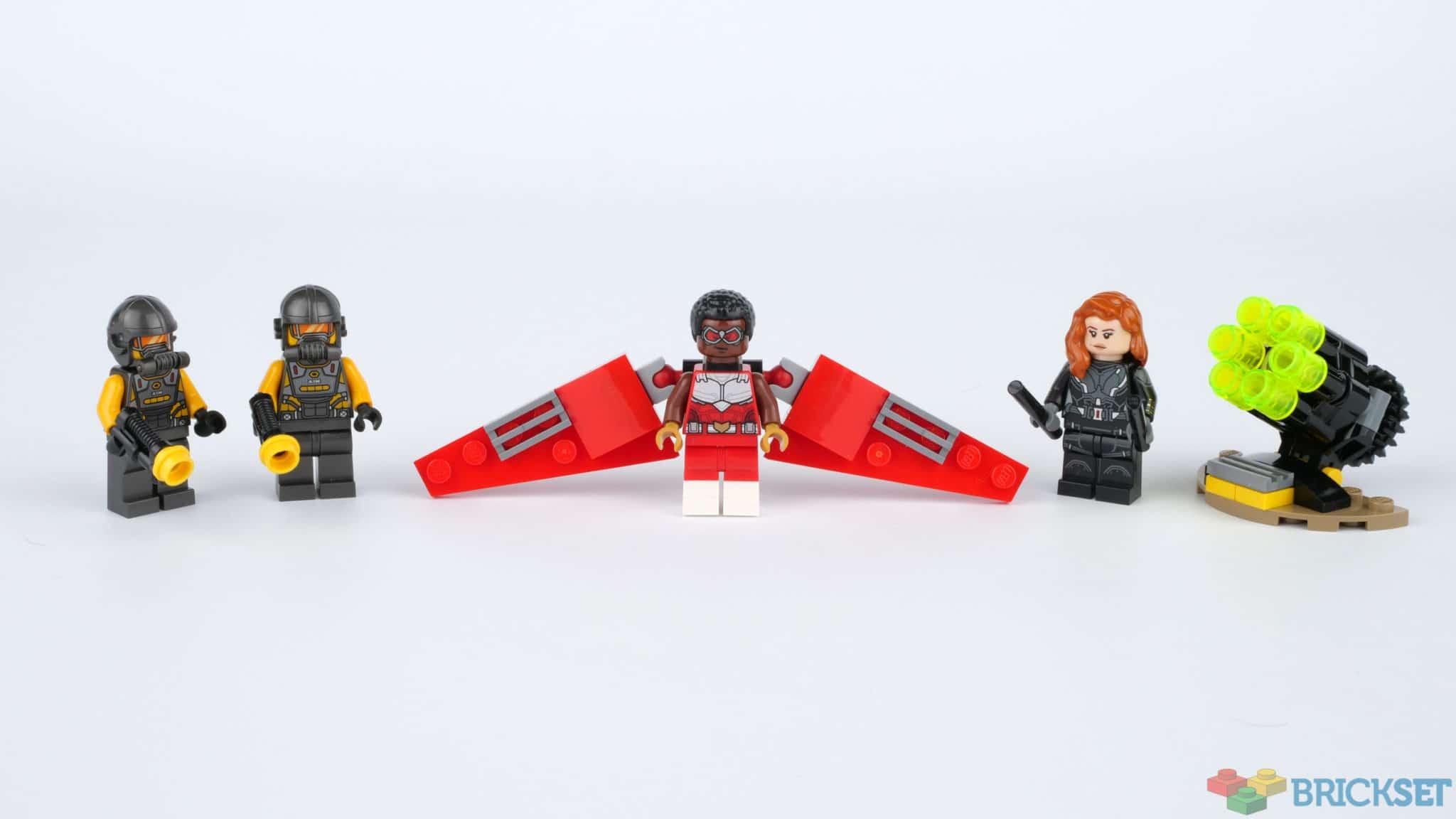 LEGO 40418 Falcon And Black Widow