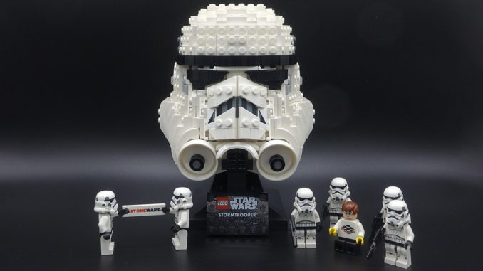 LEGO 75276 Stormtrooper Helm Review