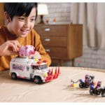 LEGO 80009 LEGO Monkie Kid Pigsys Foodtruck 11