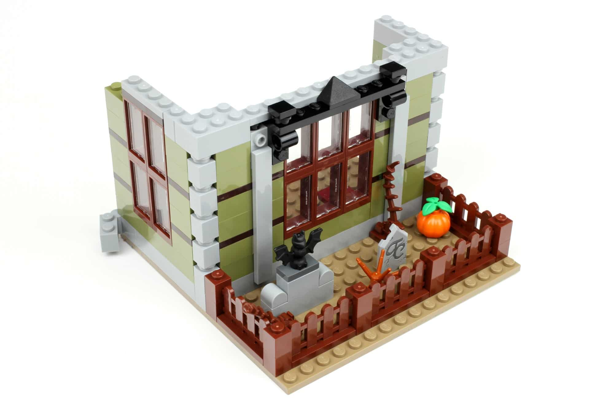 LEGO Fairground Collection 10273 Haunted House Aufbau Schritt 1