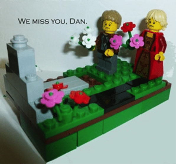 Bricklink 20 Years Dan Missing You