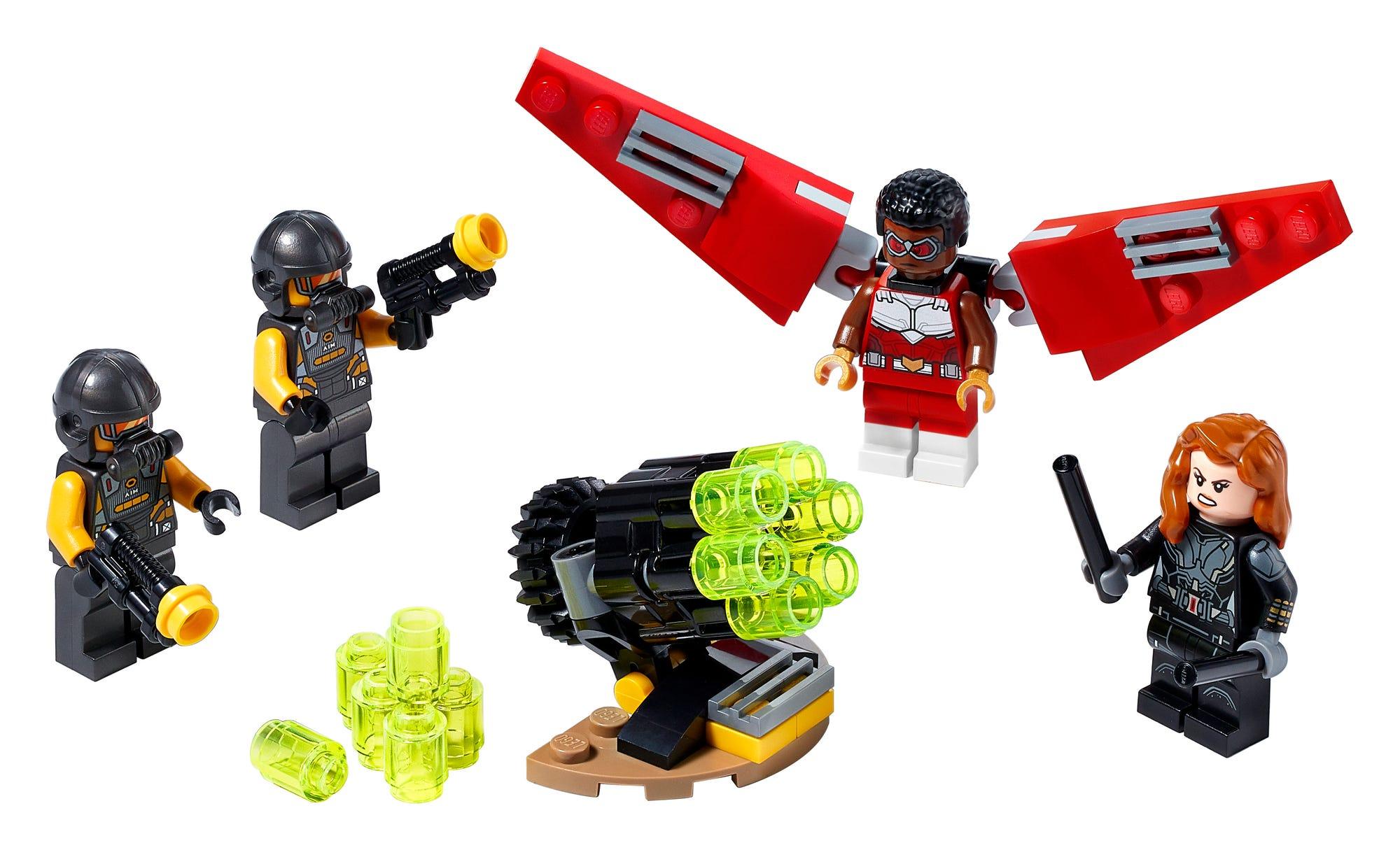 LEGO 40418 LEGO Marvel Falcon Black Widow Team Up 1