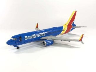 LEGO Ideas Southwest 737 800 (1)