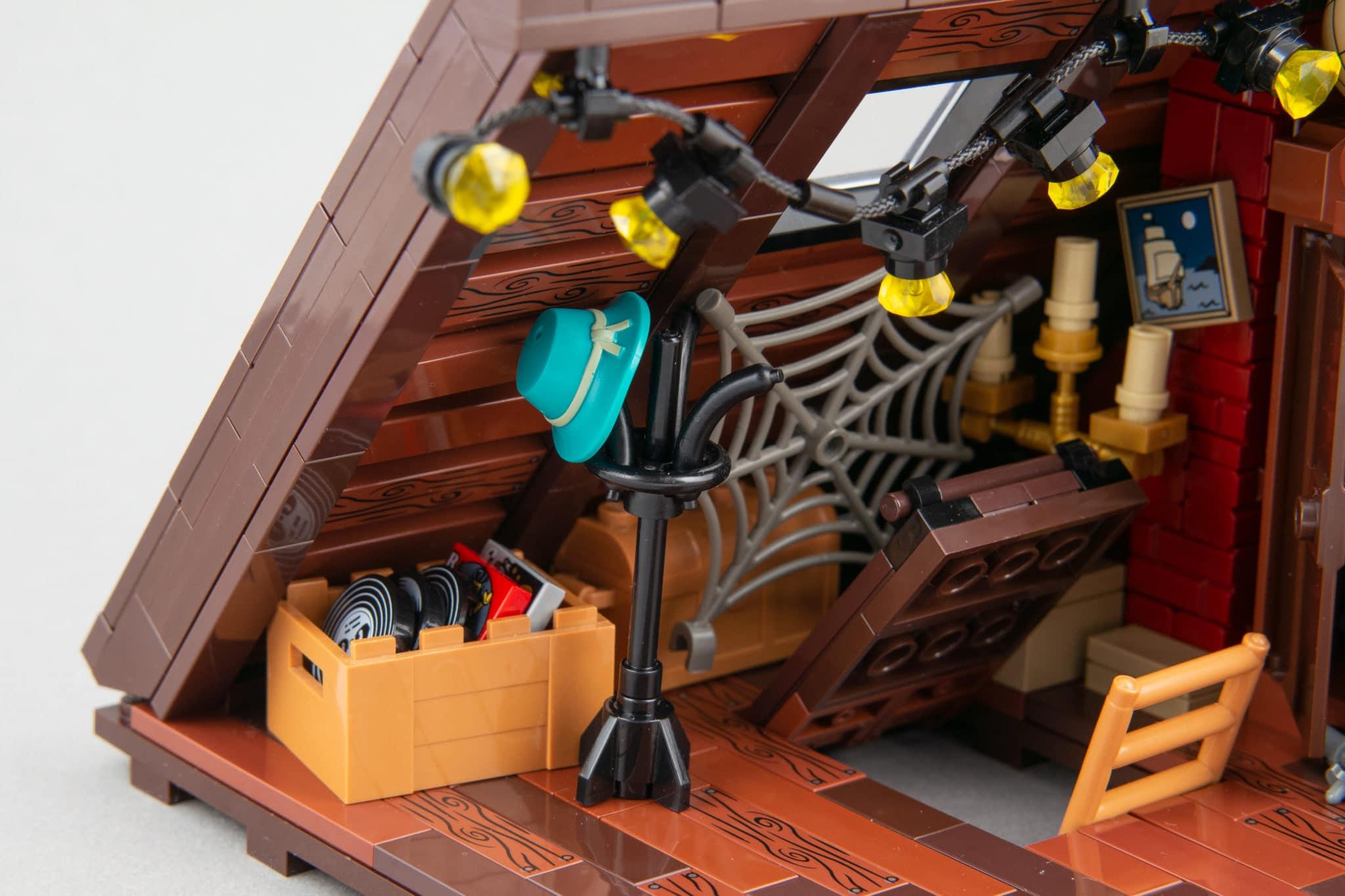 LEGO Moc Dachboden (15)