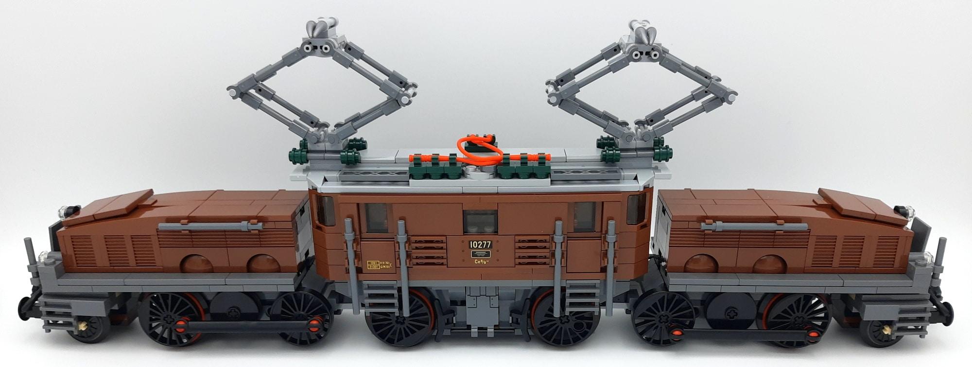 LEGO 10277 Krokodil Lokomotive - Zusammengesteckt