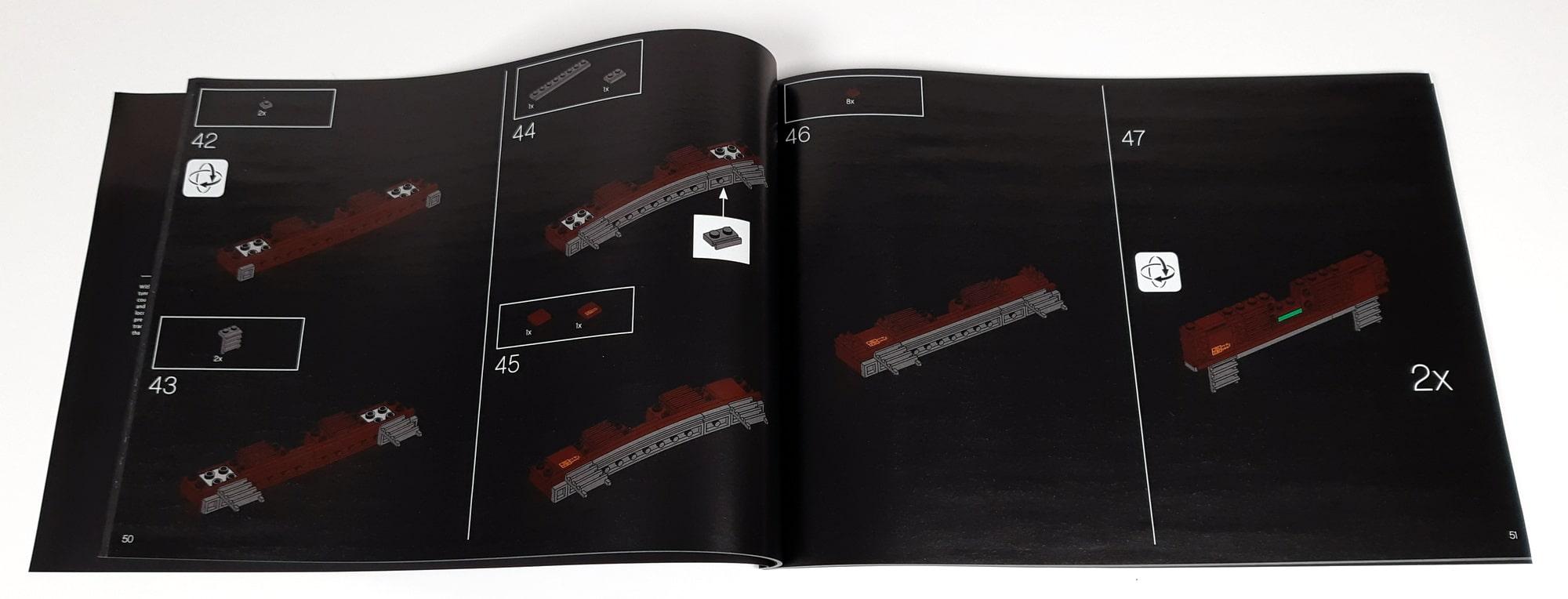 LEGO 10277 Krokodil Lokomotive - Anleitung innen