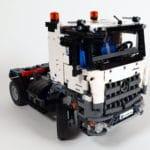 LEGO 42023 Mercedes-Benz Arocs B-Modell - Bauabschnitt Sattelschlepper 05