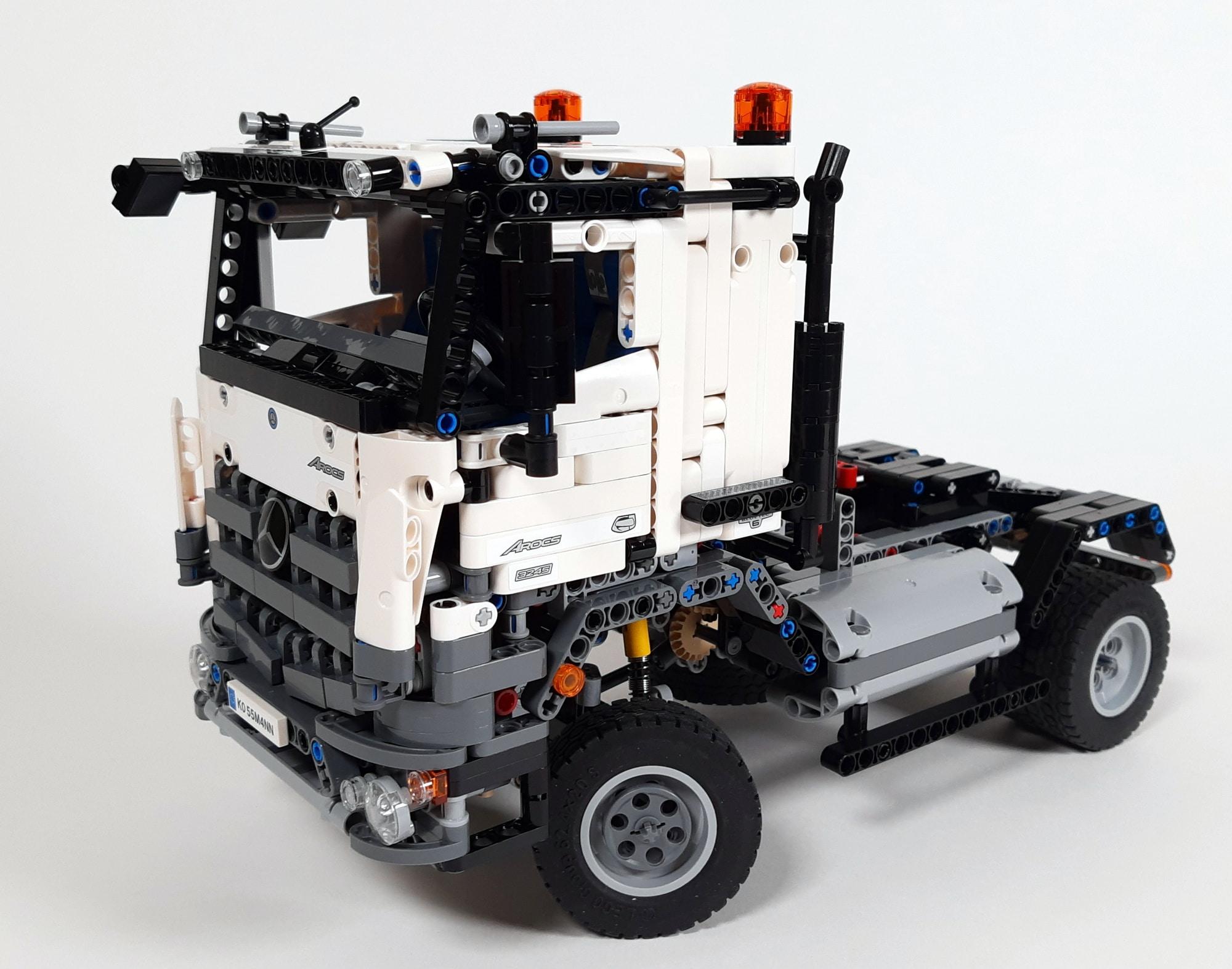 LEGO 42023 Mercedes-Benz Arocs B-Modell - Bauabschnitt Sattelschlepper 06
