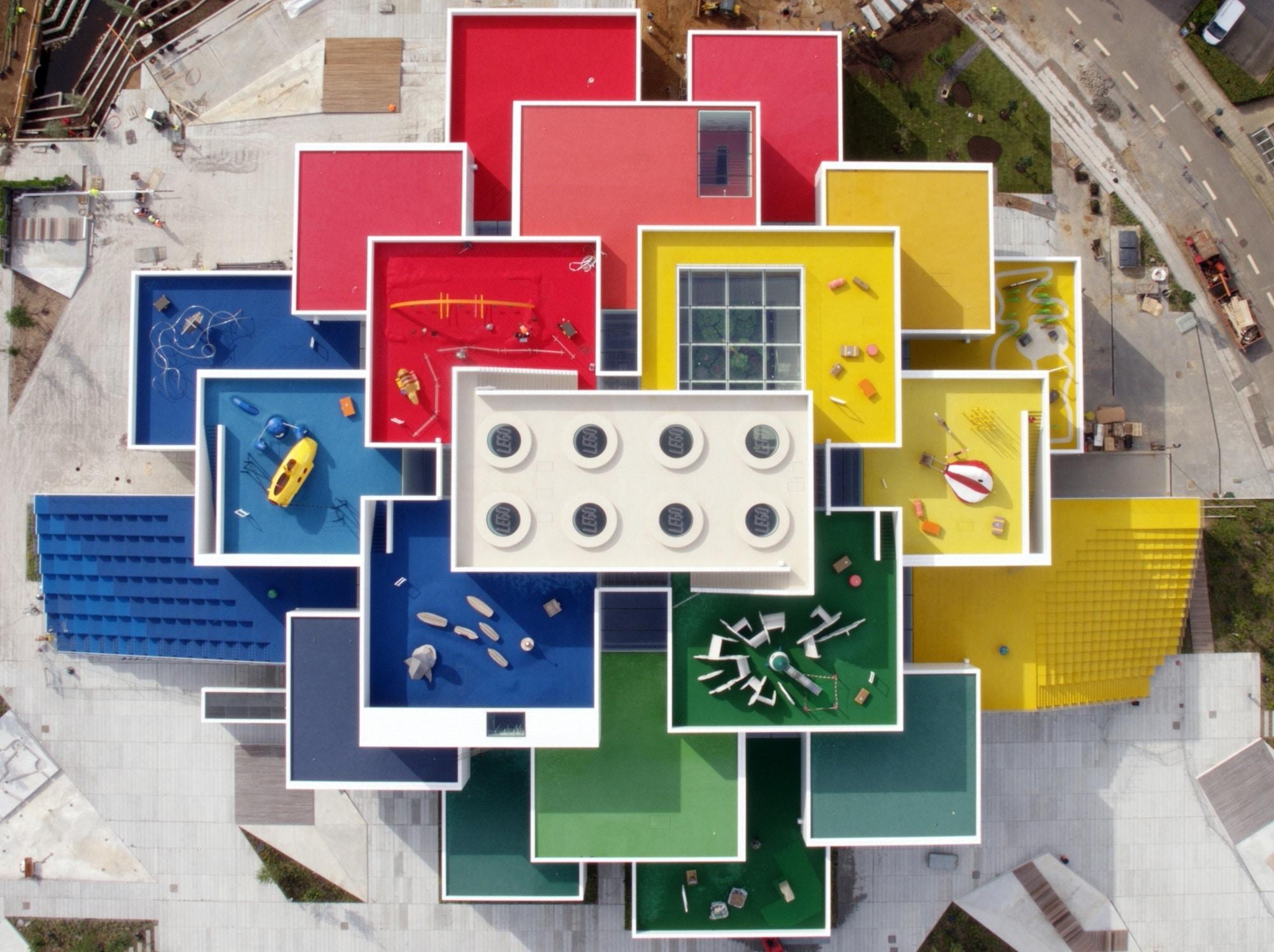 LEGO 21037 LEGO House - Ansicht von oben 1