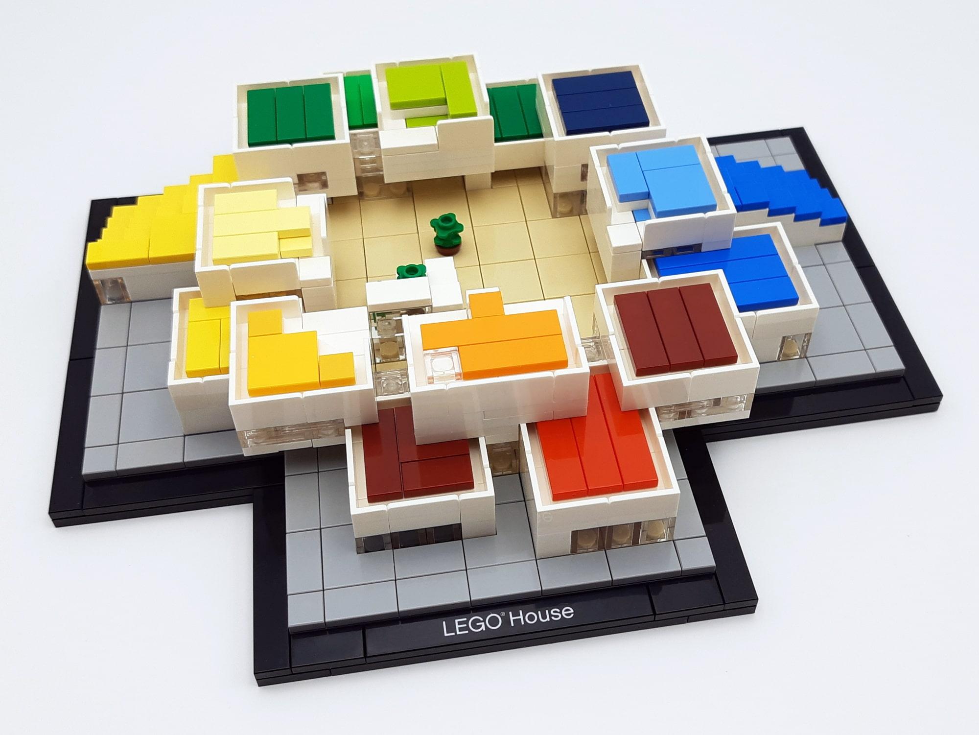 LEGO 21037 - LEGO House Baubschnitt halber Stock