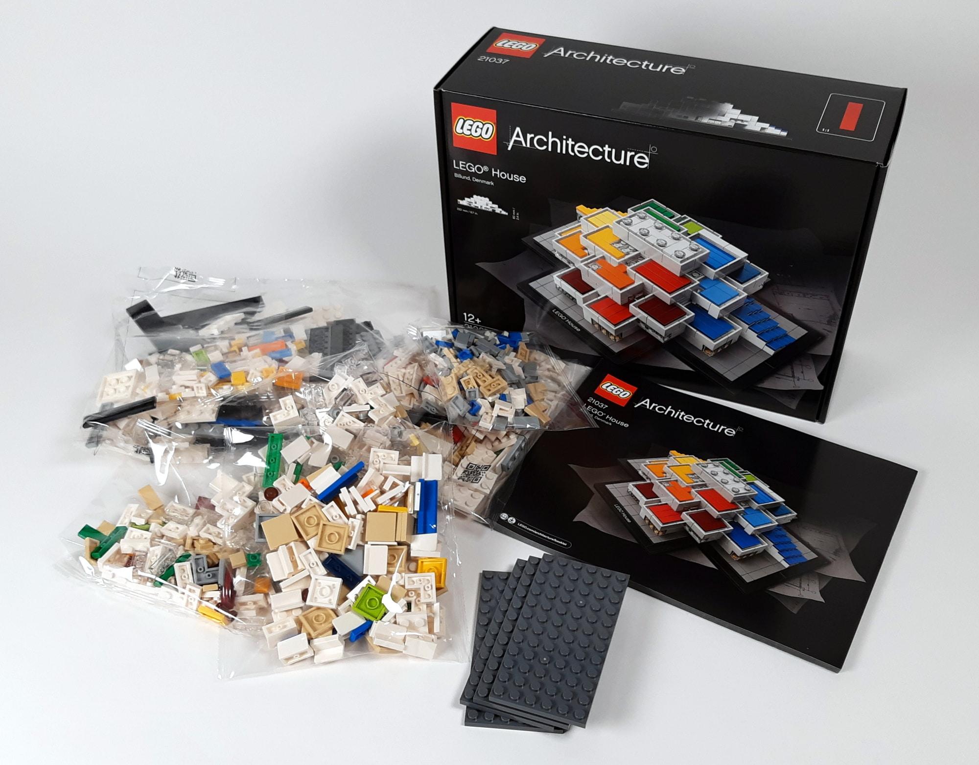 LEGO 21037 - LEGO House Box und Inhalt