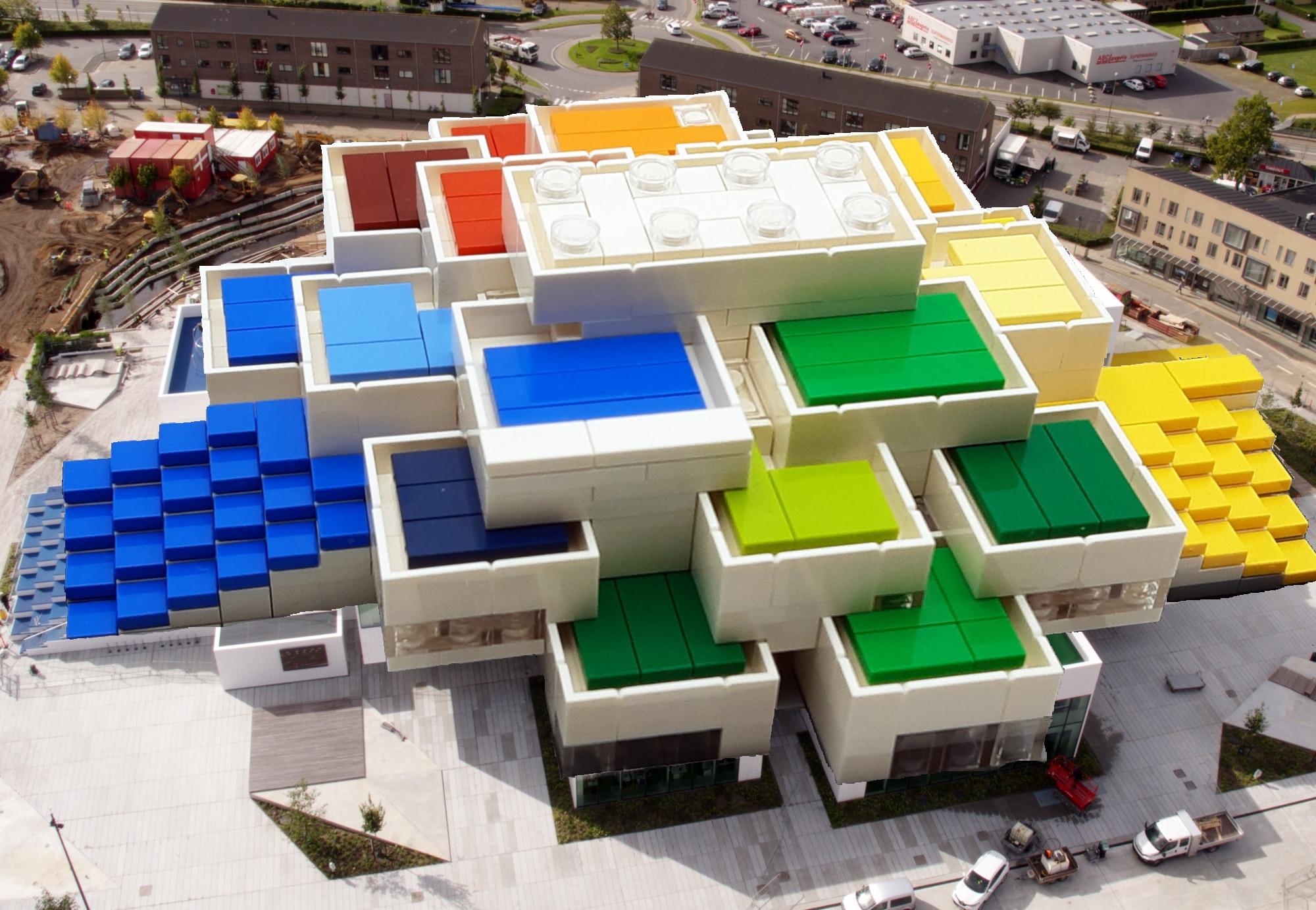 LEGO 21037 LEGO House - Vogelperspektive 1